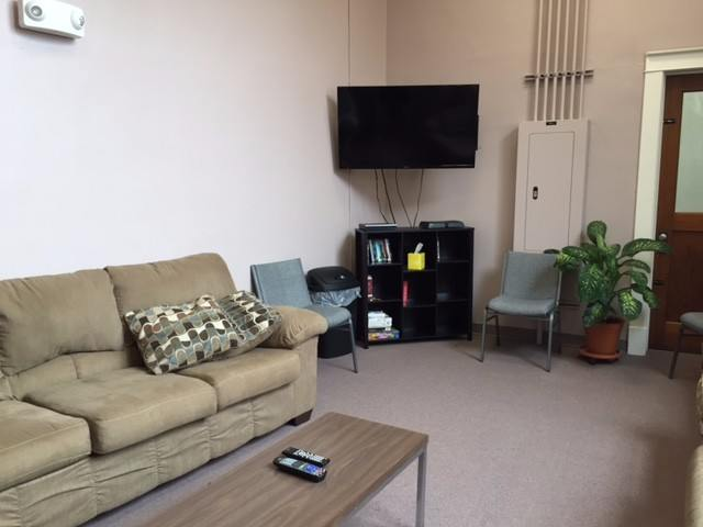 conewago-snyder-Womens-lounge1