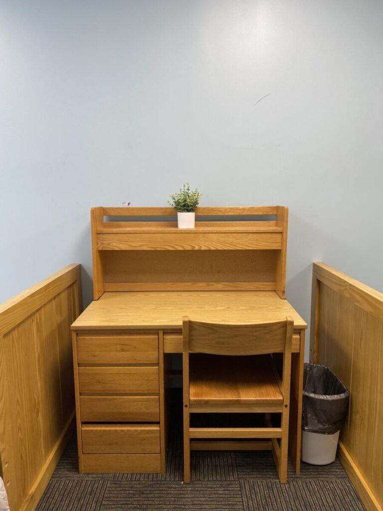 Indy desk